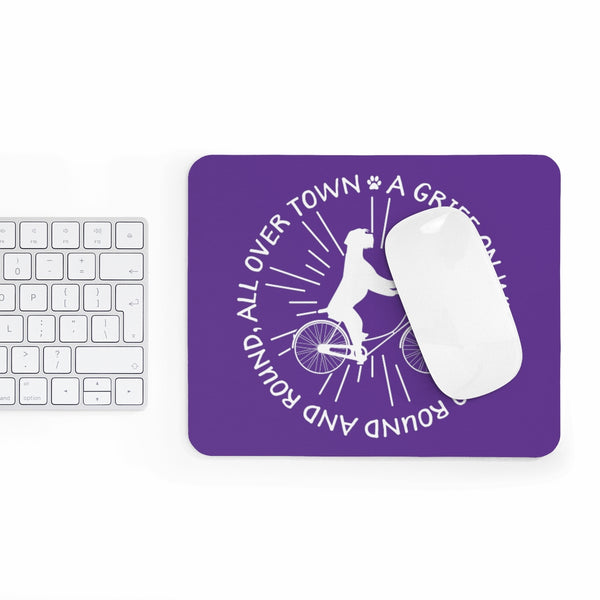 ALL OVER TOWN Mousepad