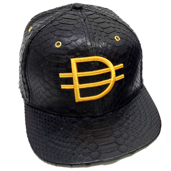 D logo Strap Back - Black/Gold