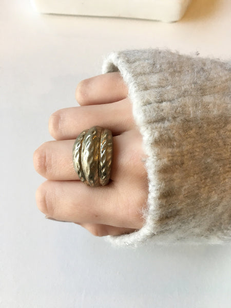 Gold Hammered Stretch Ring