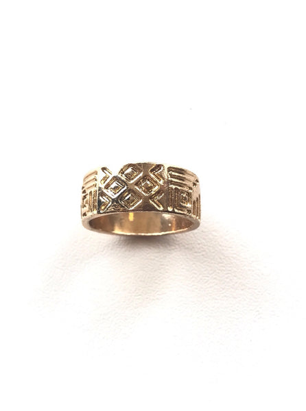 Gold Etched Band Ring