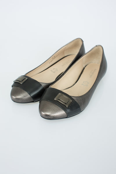 M&S - Black and Silver Pumps