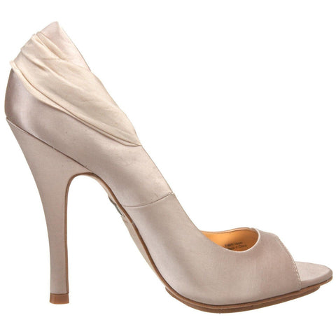 Badgley Mischka EAVAN Pumps