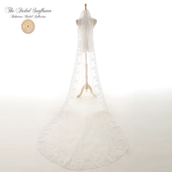 The Chianti - Vintage Bridal Veil