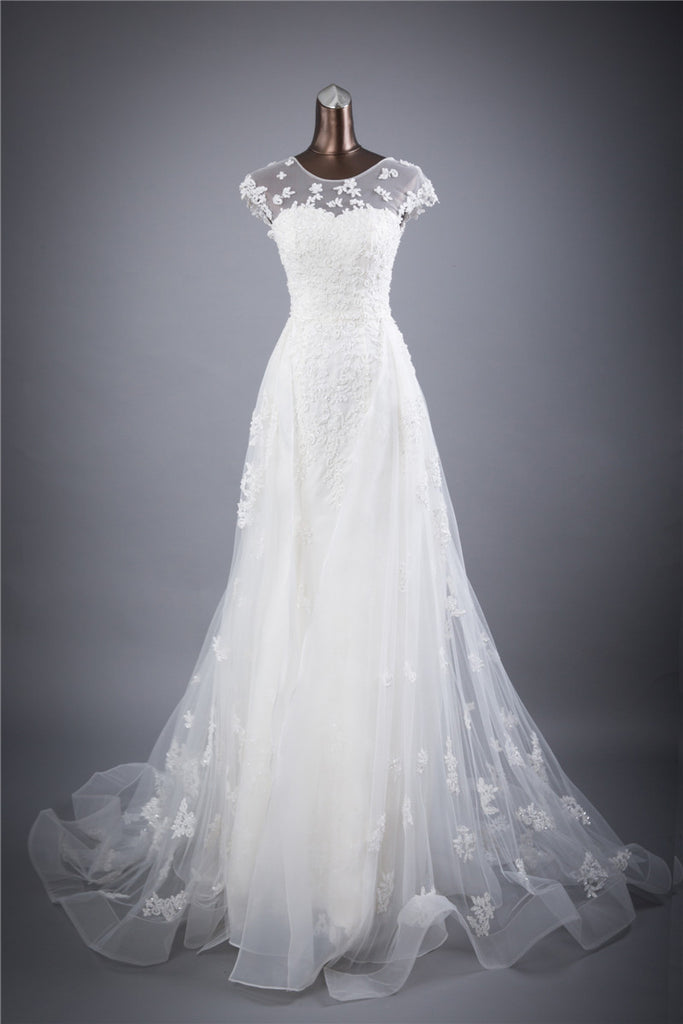 Vintage Flowing Floral Lacet A-Line Wedding Gown – The Faded Sunflower