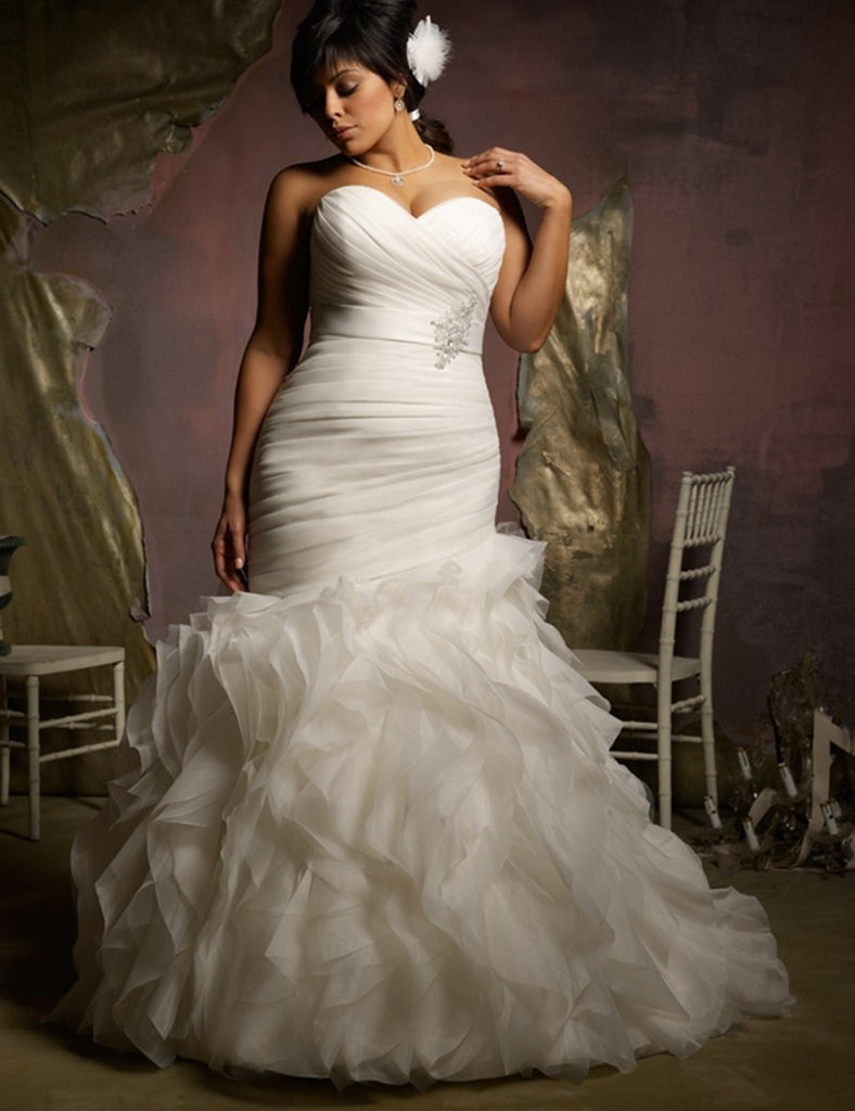 Plus Size Mermaid Style Ruched Ruffled Trumpet Wedding Dress ...