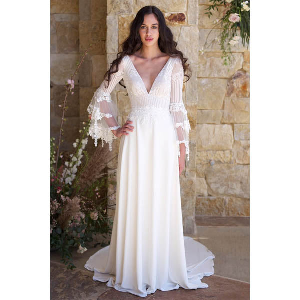 8640ea5b44 Bohemian Gypsy Style Bell Sleeved Chiffon and Lace Wedding Dress