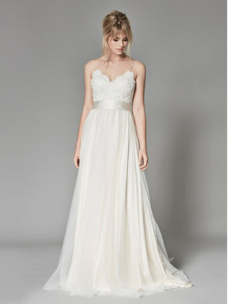 The Tabitha :: Vintage Style Sculpted Lace & Tulle Wedding Dress :: On Sale! $300 Off w/Free US Shipping!