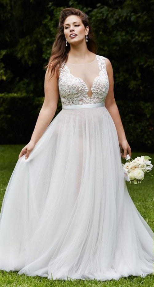 Plus Size Collection :: Boho Deep V-Neck Beach Wedding Dress :: SAMPLE