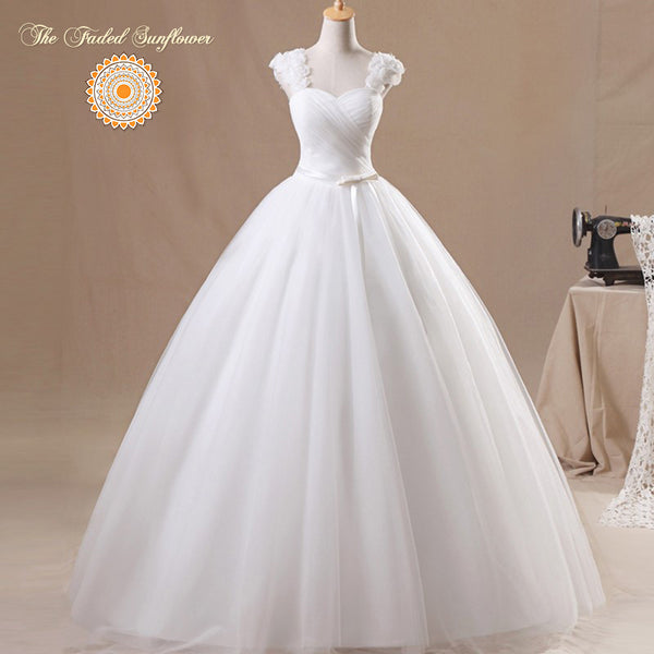 Vintage Rosebud Princess Wedding Gown – Plus Size up to 24 W