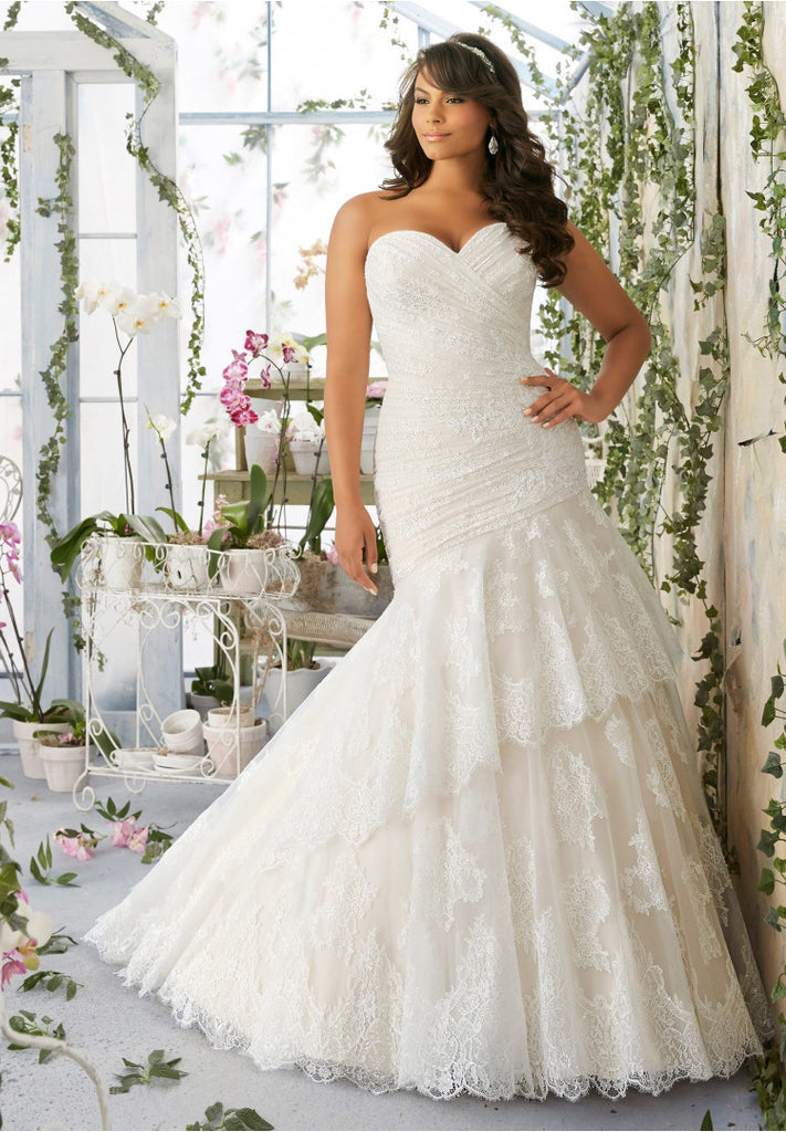 Vintage Style Mermaid Tiered Lace Wedding Gown - Plus Size Up to ...