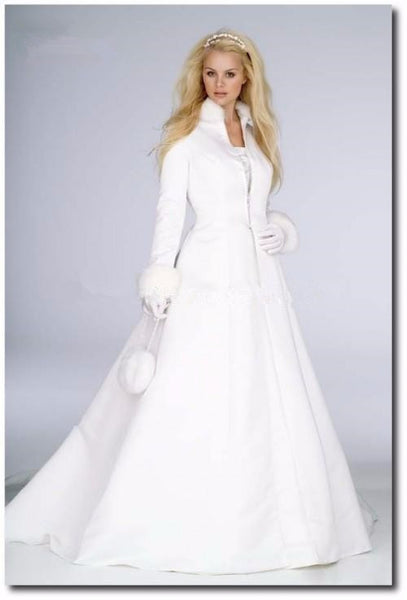 The Vishca High Neck Fur Trimmed Bridal Cloak