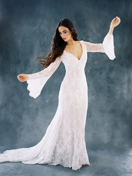 Bohemian Autumn Lace Fantasy Bat Sleeve Wedding Dress