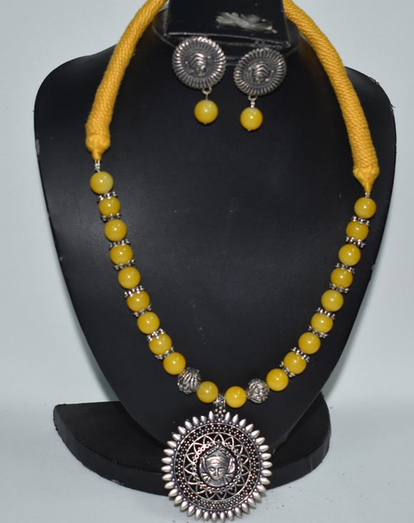 Maa Durga Pendant , handcrafted necklace set in glass beads