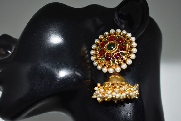 Traditional Jhumka in Kemp stone