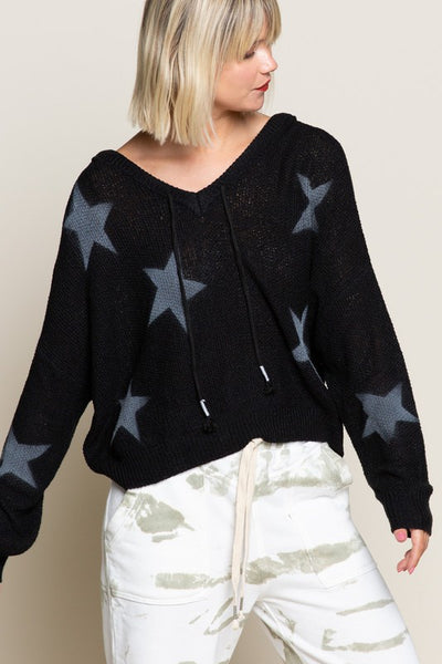 LIGHTWEIGHT STAR SWEATER HOODIE