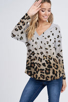 LEOPARD ALL OVER VNECK RIB HOODIE TOP
