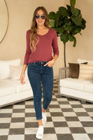 SOLID LONG SLEEVE VNECK WITH METALLIC EDGE DETAIL