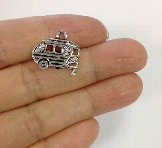 5 Camper Trailer Charms, Travel Charm,  Trailer Caravan Charm Gold Or Silver