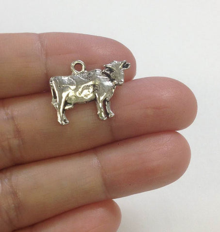 10 Pieces Cow Charm