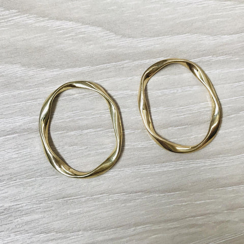 4 Gold Oval Circle Geometric charm Earring Finding