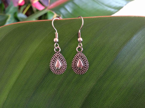 Oval Shape Filigree Earring