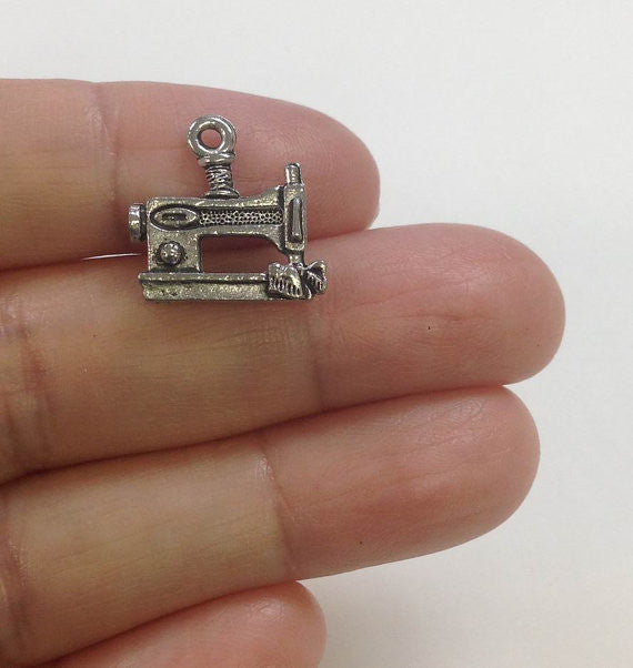 6 Sewing Machine charm, Sewing Charm, Seamstress Charm, Crafting Charm, Quilter Charm