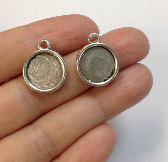10 Silver round charm, 12 mm or 16 mm