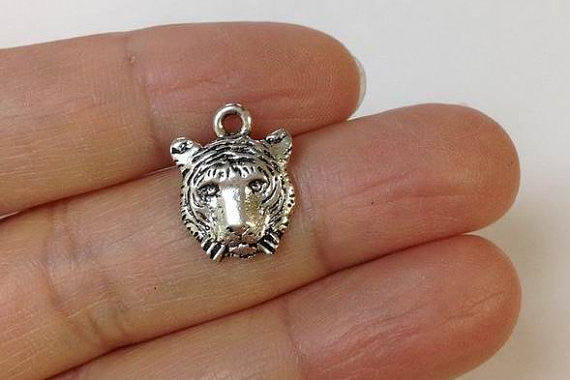 10 Tiger Face Charms, Tiger Charm, Safari Charm, Safari Animal Charm, Jewelry Findings, Jewelry Supplies