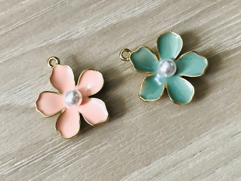 10 Flower Charm, Enamel Flower Pendant wholesale