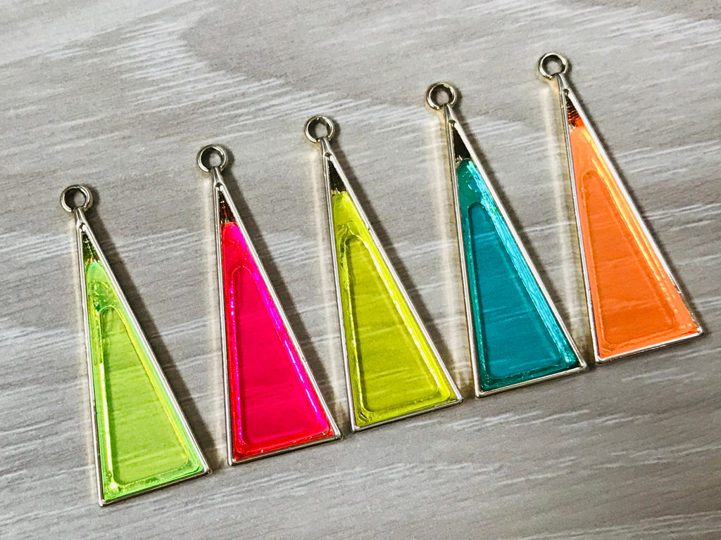 4 Acrylic Epoxy Resin Triangle Charms