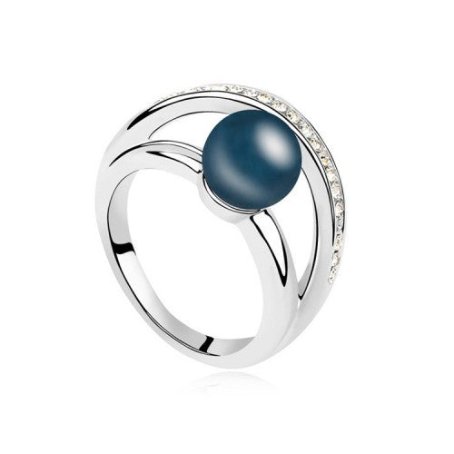 White Gold-Plated Ring With Imitated Pearl & Swarovski Elements