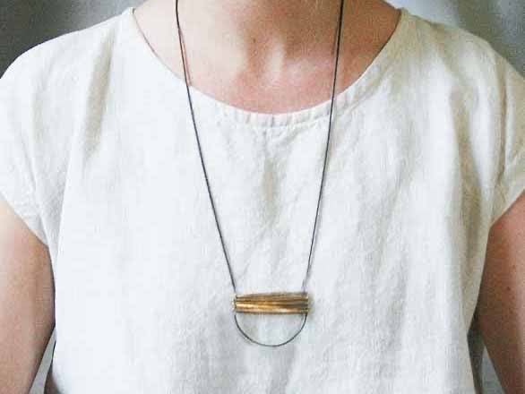 BANDI NECKLACE