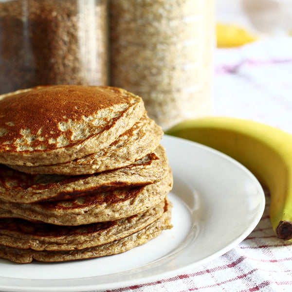 Gluten free vegan pancakes made with oats, bannana and almond milk