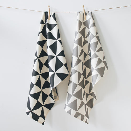 Set of 2 Geometric Tea Towels