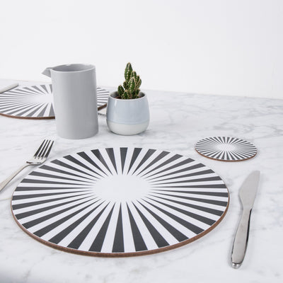 Pinwheel Round Placemat Set - MAiK sustainably sourced, ethically produced.