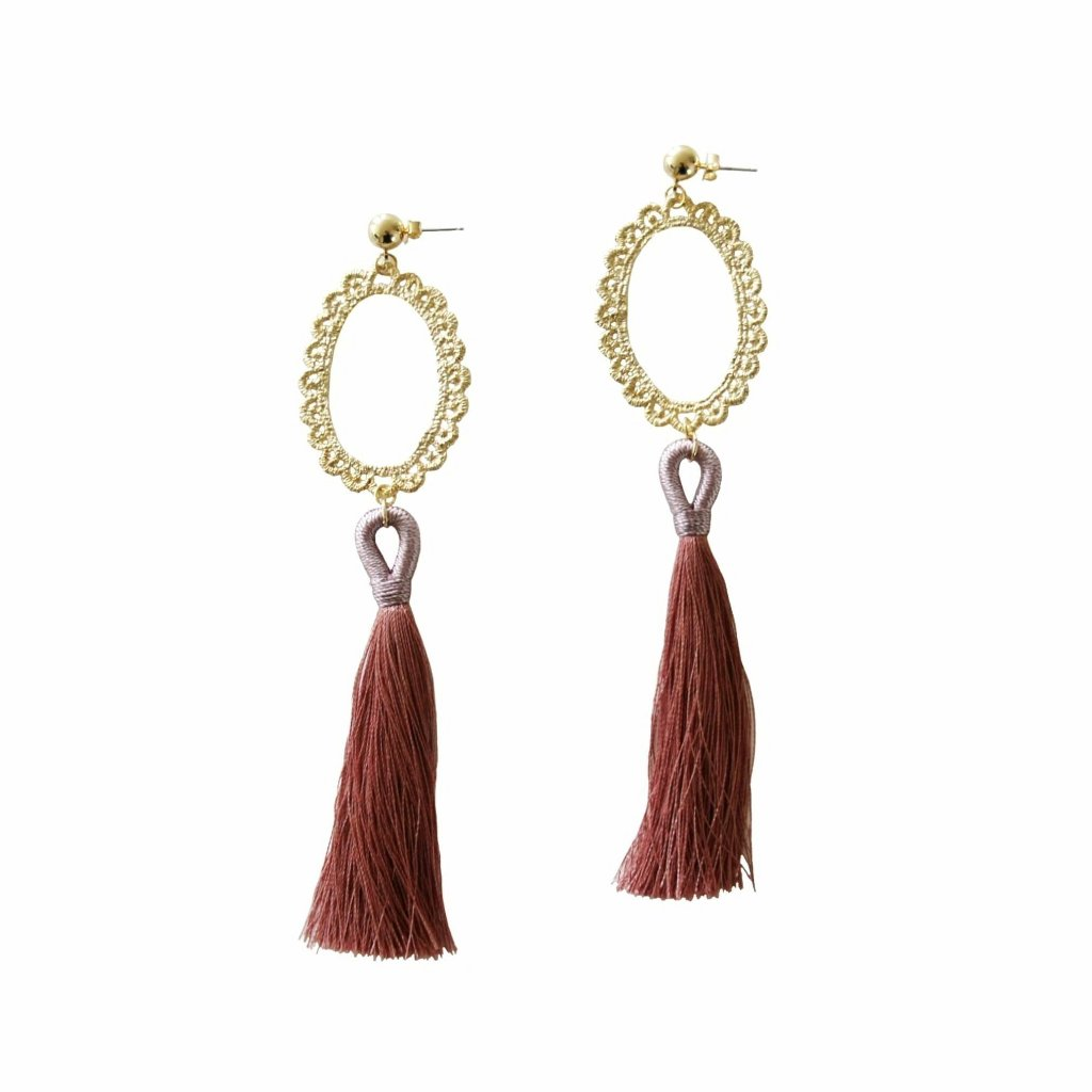 Marylin tassel earrings with lace design in blush