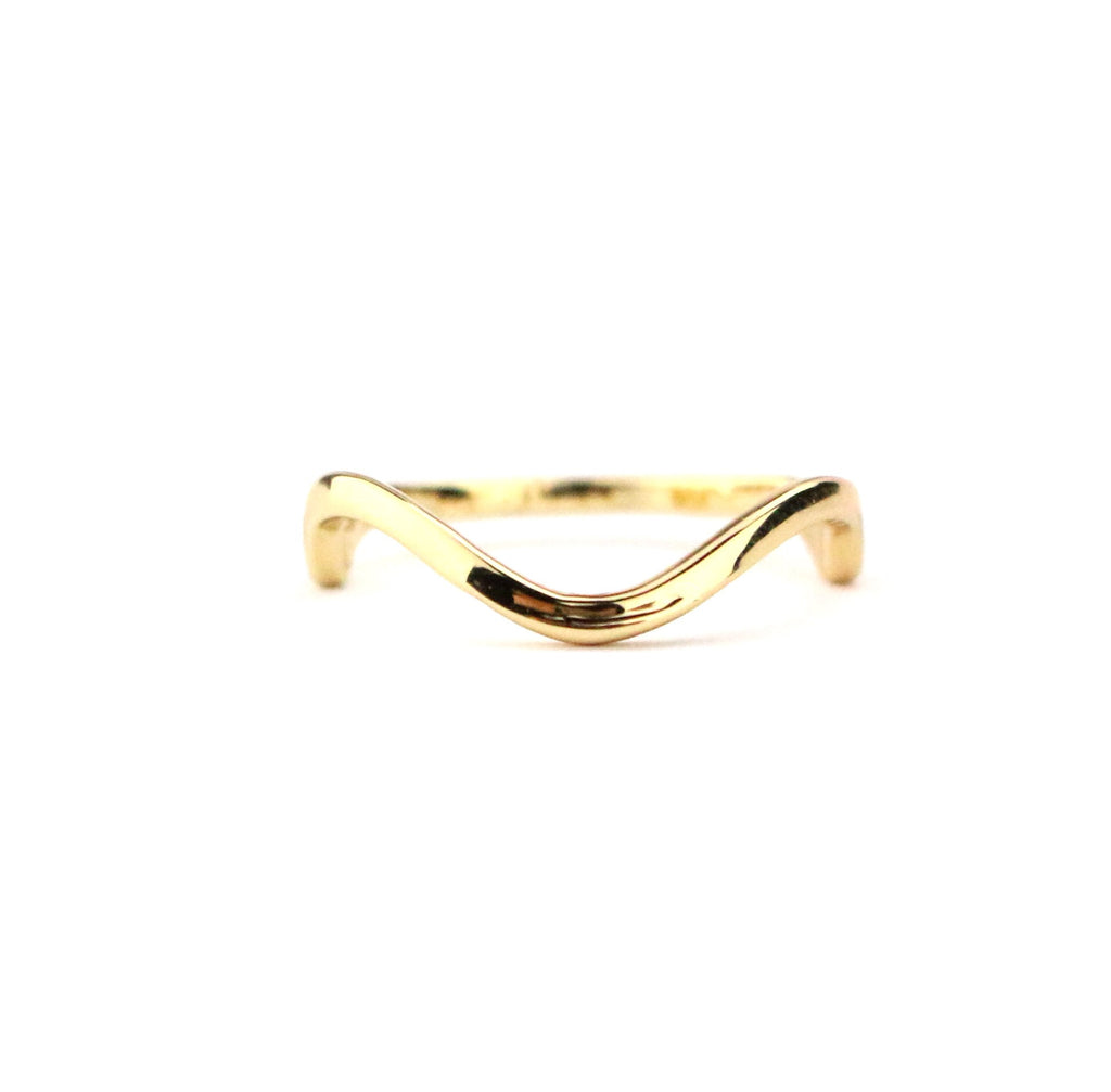 Wavy Ring - Made to Layer