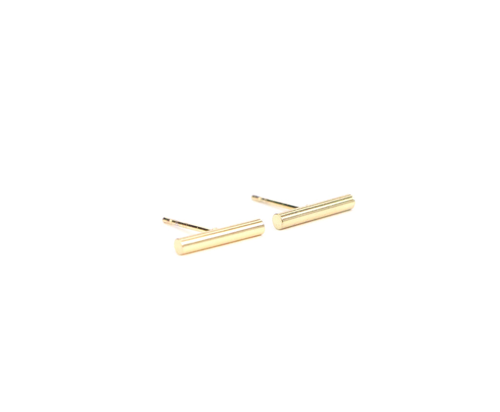 Bar Dainty Studs - Made to Layer