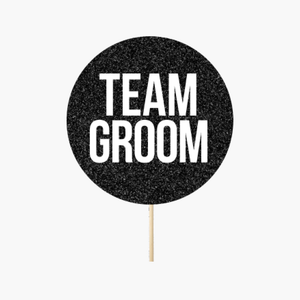 "Circle ""Team groom"""