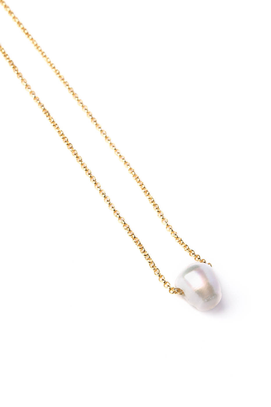 Freshwater Pearl Necklace on Gold Chain
