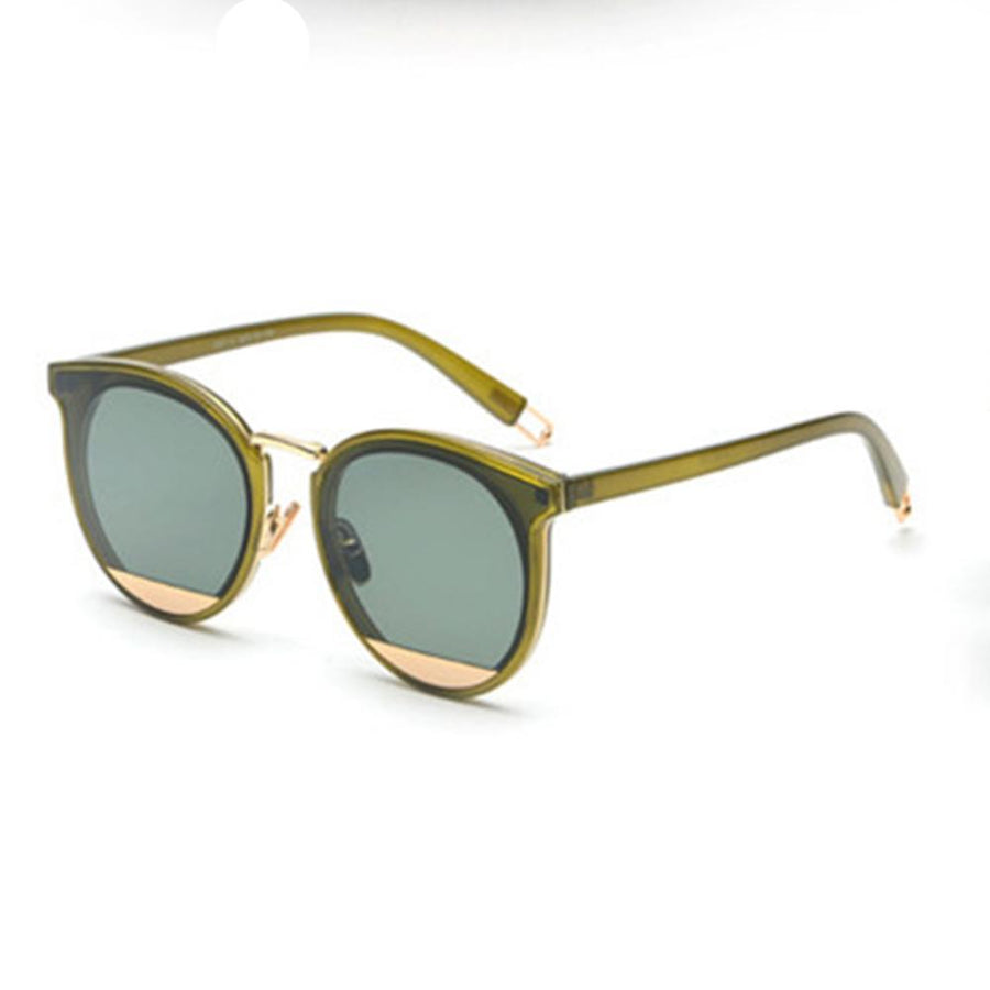 Classic Retro Round Gold Frame Cat Eye Sunglasses