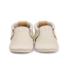 Load image into Gallery viewer, Photo of a cream coloured leather baby shoe from Heyfolks, against a white background.