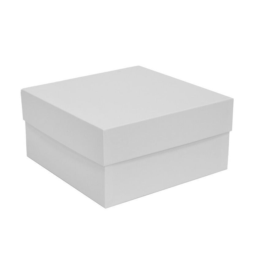 Photo of white cardboard gift box, made from 100% recycled material.