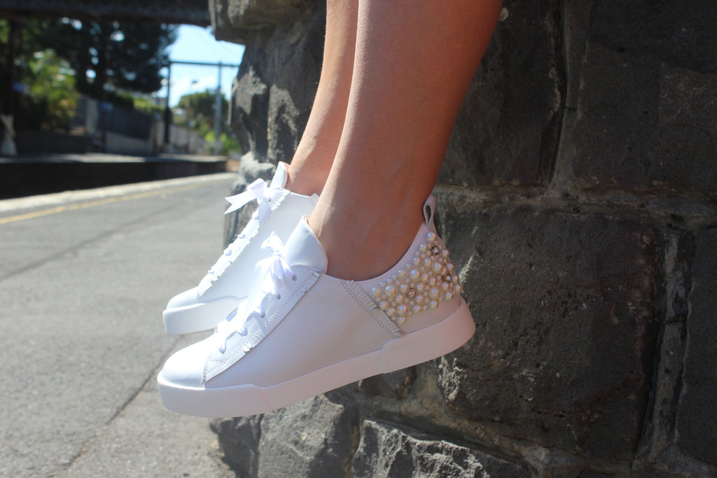 Kos Sneakers White