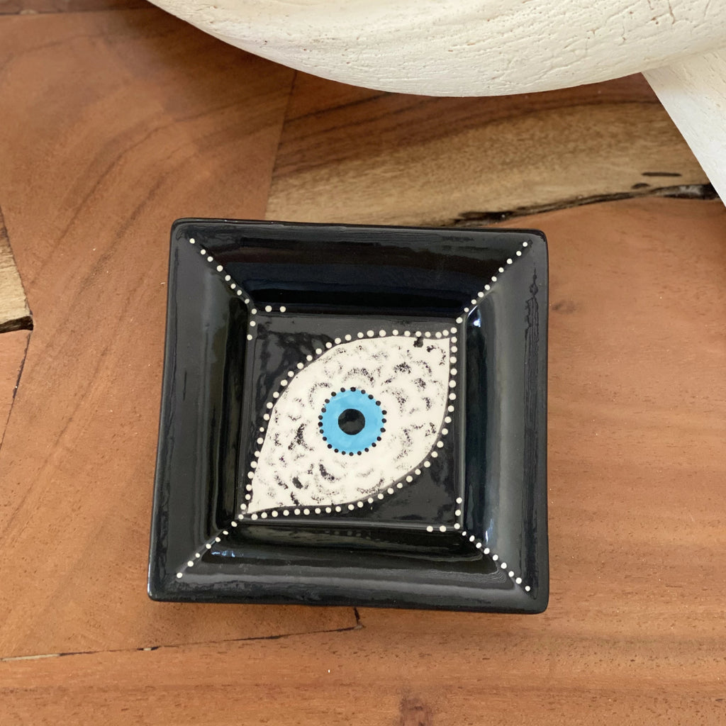 Small Eye Black Ceramic Plate