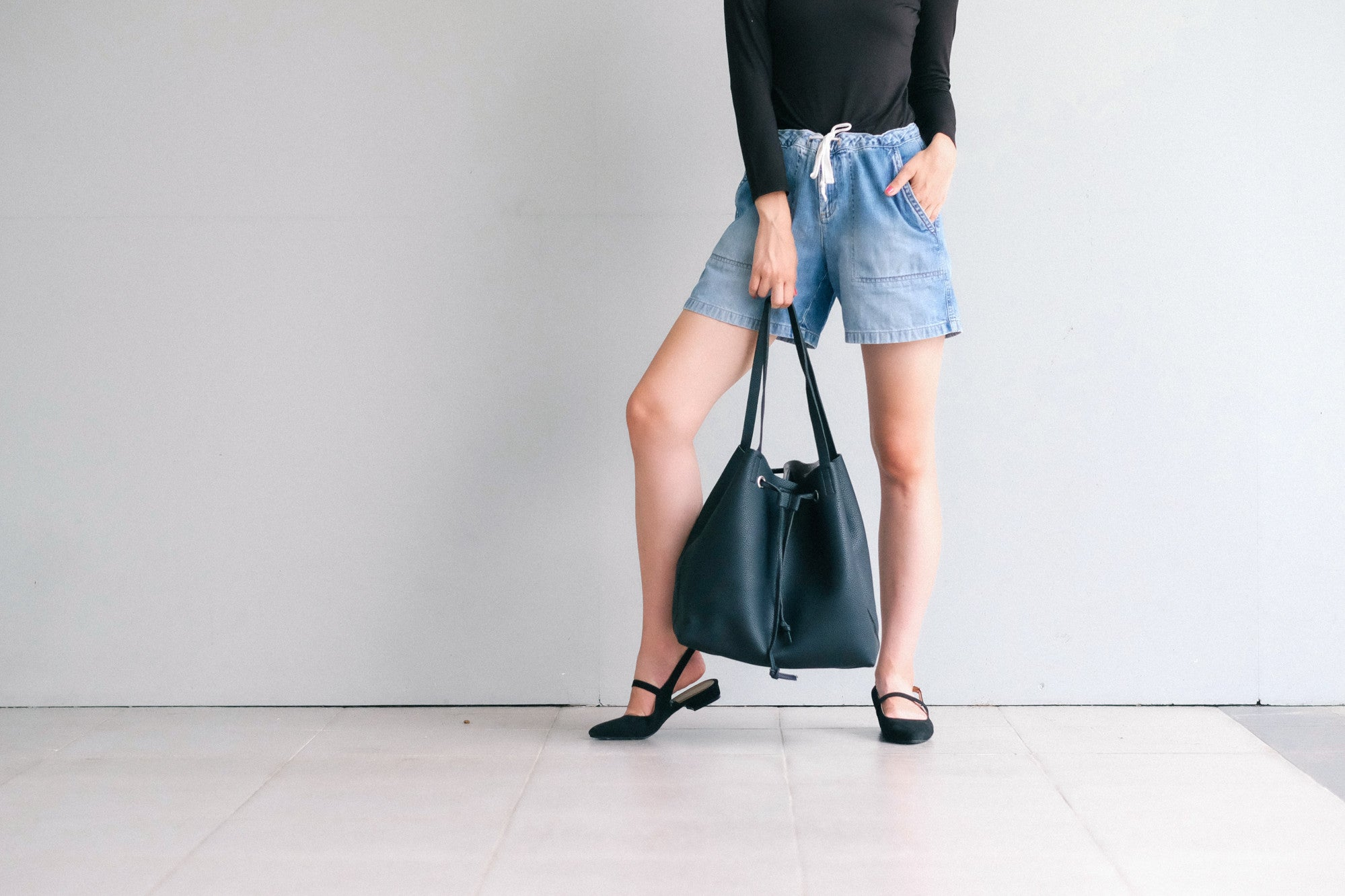 Byron Bay Tote Bag Black