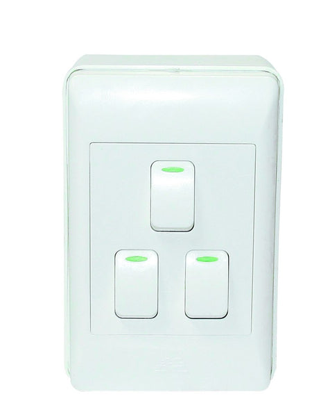 3-LEVER 1-WAY SW 2x4 C/W WHITE COVER PLATE & EXT BOX