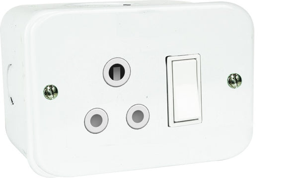 STEEL SOCKET OUTLET 16A WITH ON/OFF SWITCH