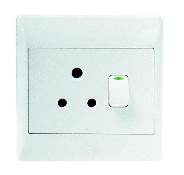 16A SWITCHED SOCKET OUTLET 4x4 C/W WHITE COVER PLATE