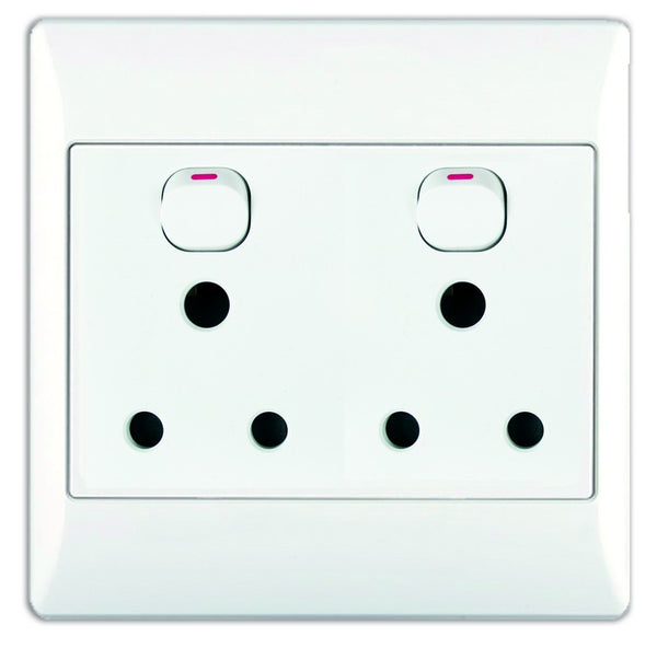 2x16A SWITCHED SOCKET OUTLET 4x4 WITH WHITE COVER PLATE